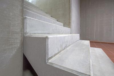 Előregyártott lépcső - előszoba ötlet, modern stílusban