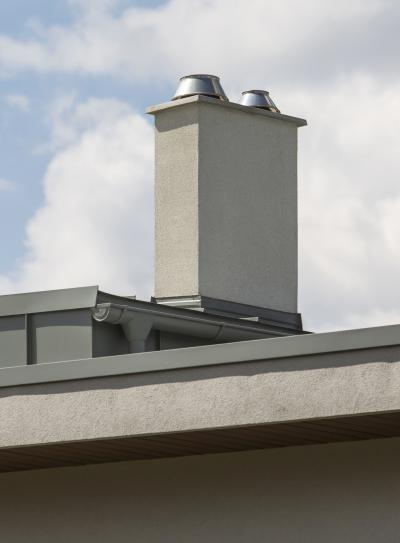 Kémény lapostetőn - tető ötlet, modern stílusban