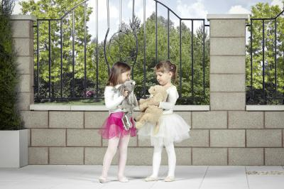 Modern kerítéskő - kerítés ötlet, modern stílusban