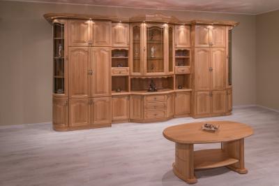 Tömörfa bútorok a nappaliban - nappali ötlet, klasszikus stílusban