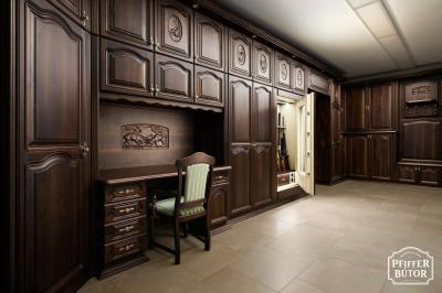 Klasszikus tömörfa bútor - dolgozószoba ötlet, klasszikus stílusban