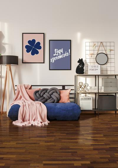 Elegáns készparketta a nappaliban - nappali ötlet, modern stílusban