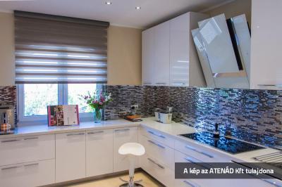 Sávroló a konyhában - konyha / étkező ötlet, modern stílusban