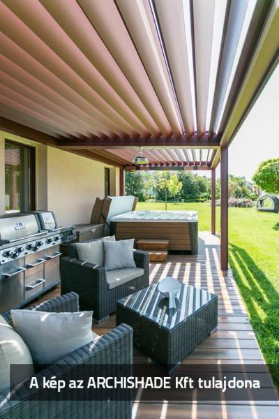 Lamellás kerti teraszárnyékoló - erkély / terasz ötlet, modern stílusban