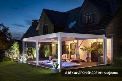 Lamellás kerti teraszárnyékoló - erkély / terasz ötlet, klasszikus stílusban