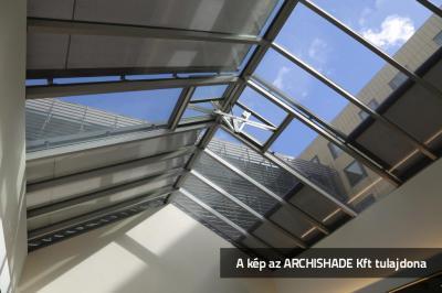 Árnyékoló az üveg tetőn - tető ötlet, modern stílusban