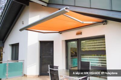 Tokozott napellenző - erkély / terasz ötlet, modern stílusban