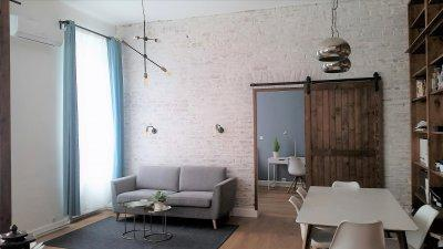 Lakásátalakítás a Palotanegyedben - Nappali - konyha / étkező ötlet