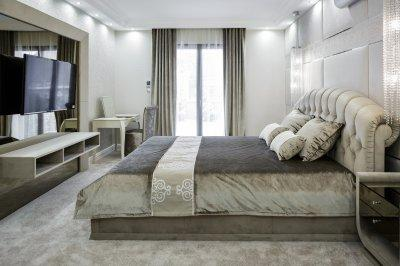 Modern hálószoba Wengára hangolva - háló ötlet