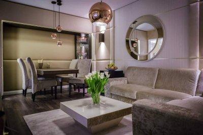 Kis lakás nagy luxussal - nappali ötlet, modern stílusban