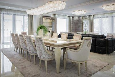 Tágas nappali étkezővel - nappali ötlet, klasszikus stílusban