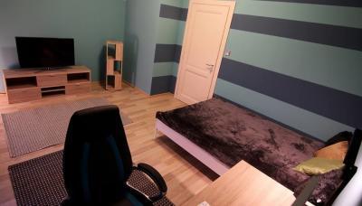 Készparketta a hálószobában - háló ötlet, modern stílusban