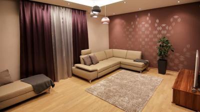 Natúr készparketta a nappaliban - nappali ötlet, modern stílusban