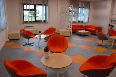 Ügyfélváró 3 - dolgozószoba ötlet, modern stílusban