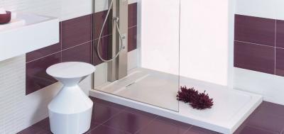 Fehér lila csempe - fürdő / WC ötlet, modern stílusban