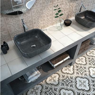 Mintás burkolatok falon és padlón - fürdő / WC ötlet, modern stílusban