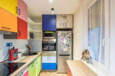 Bohém lakás konyhája - konyha / étkező ötlet, modern stílusban