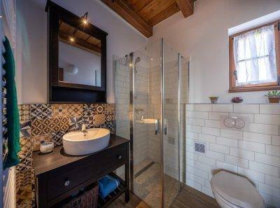 Fürdőszoba cementlappal - fürdő / WC ötlet