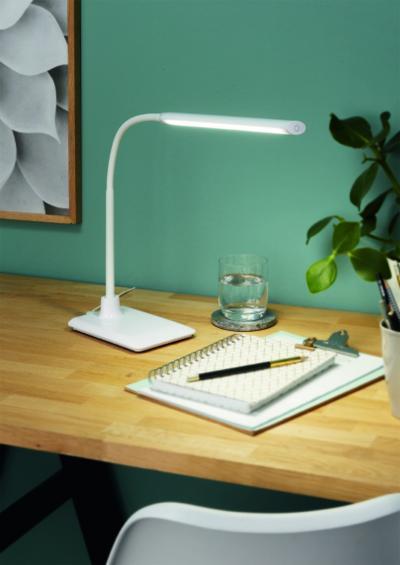 Modern, fehér asztali lámpa - dolgozószoba ötlet, modern stílusban