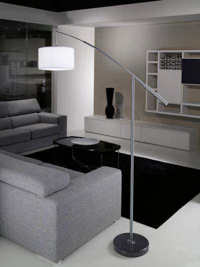 Nagyméretű állólámpa - nappali ötlet