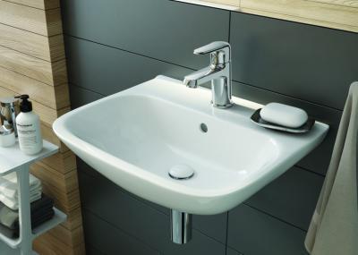 Sötét színű hidegburkolat - fürdő / WC ötlet, modern stílusban