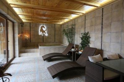 Otthoni wellness helyiség - fürdő / WC ötlet, modern stílusban