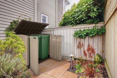 Kerti tároló - kert / udvar ötlet, modern stílusban