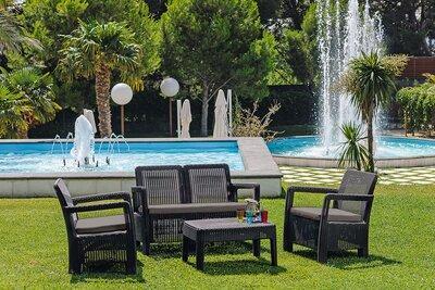 Kényelmes kerti bútor garnitúra - kert / udvar ötlet, mediterrán stílusban