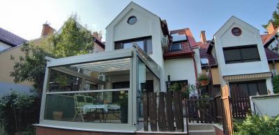 Télikert - erkély / terasz ötlet, modern stílusban