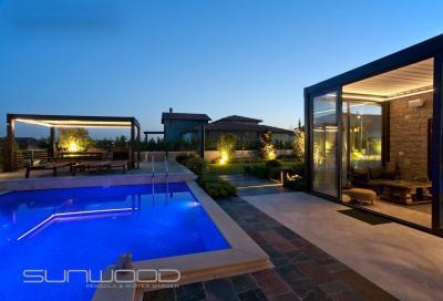 Télikert és pergola - erkély / terasz ötlet, modern stílusban
