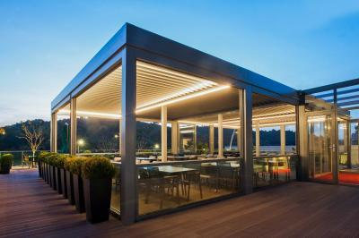 Közösségi télikert - erkély / terasz ötlet, modern stílusban