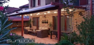 Pergola világítással - erkély / terasz ötlet, modern stílusban