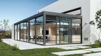 Télikert tolóajtóval - erkély / terasz ötlet, modern stílusban