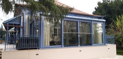 Télikert - erkély / terasz ötlet, klasszikus stílusban