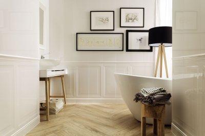 Fényes fehér csempe - fürdő / WC ötlet