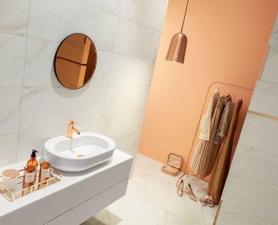 Krém színű csempe - fürdő / WC ötlet, modern stílusban