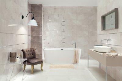 Bézs csempe ezüsttel - fürdő / WC ötlet, modern stílusban