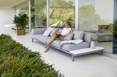 Kerti kanapé a teraszon - erkély / terasz ötlet, modern stílusban