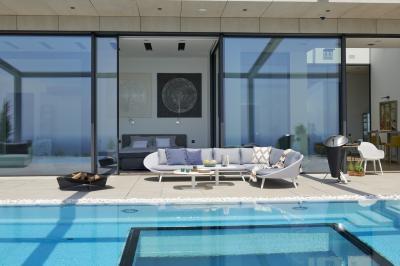 Modern kültéri kanapé - erkély / terasz ötlet, modern stílusban