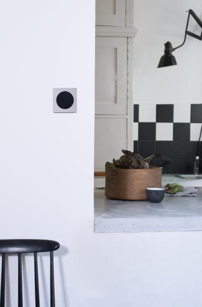 Fekete-szürke kapcsoló - konyha / étkező ötlet, modern stílusban