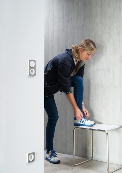 Villanykapcsoló és konnketor - előszoba ötlet, modern stílusban