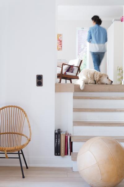 Dupla villanykapcsoló - nappali ötlet, modern stílusban