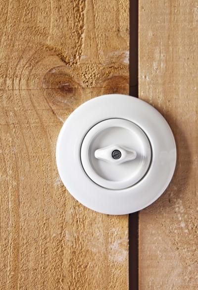 Vintage stíusú villanykapcsoló - nappali ötlet