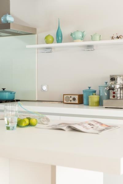 Villanykapcsoló modern kivitelben - konyha / étkező ötlet, modern stílusban