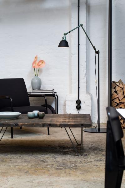 Klasszikus kapcsoló és konnketor - nappali ötlet