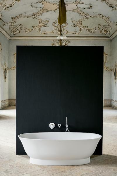 Klasszikus fürdőkád - fürdő / WC ötlet, klasszikus stílusban