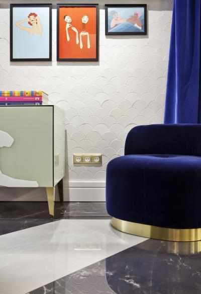 Játék a színekkel - nappali ötlet, modern stílusban