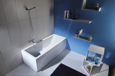 Szögletes kád - fürdő / WC ötlet