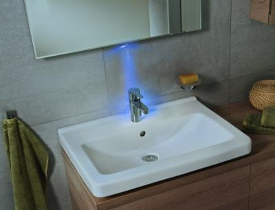 Klasszikus mosdó - fürdő / WC ötlet, modern stílusban