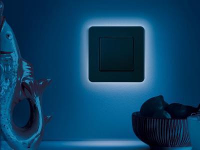Kapcsoló világító kerettel - konyha / étkező ötlet, modern stílusban